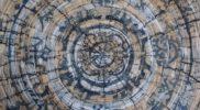 «Кольца столетий» из серии работ «Долго будет Карелия сниться» (горячий батик, 90х90)